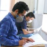 هشتمین آزمون استخدامی کشور با رعایت شرایط کرونا در خوزستان برگزار شد